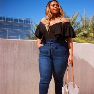 PLUS SIZE High Waist Belted Skinny Jeans